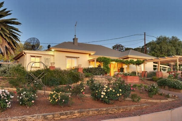 Adelong Lifestyle Accommodation