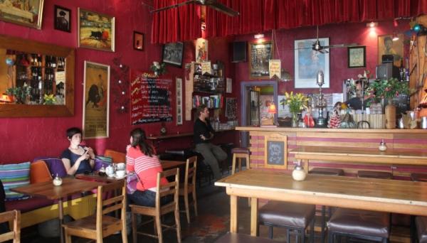 Bebida Bar & Cafe